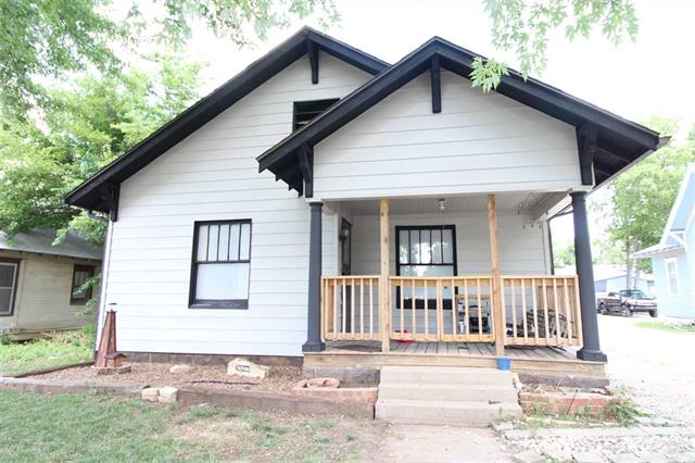 For Sale: 1216 W Central Ave, El Dorado KS